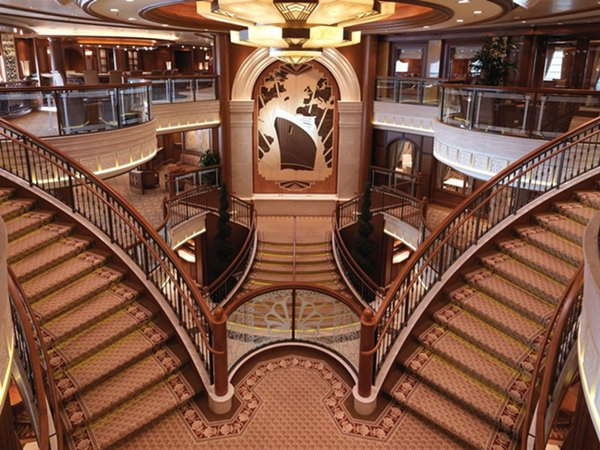 queen elizabeth cruise ship ForQueen Elizabeth 2 Ship Interior